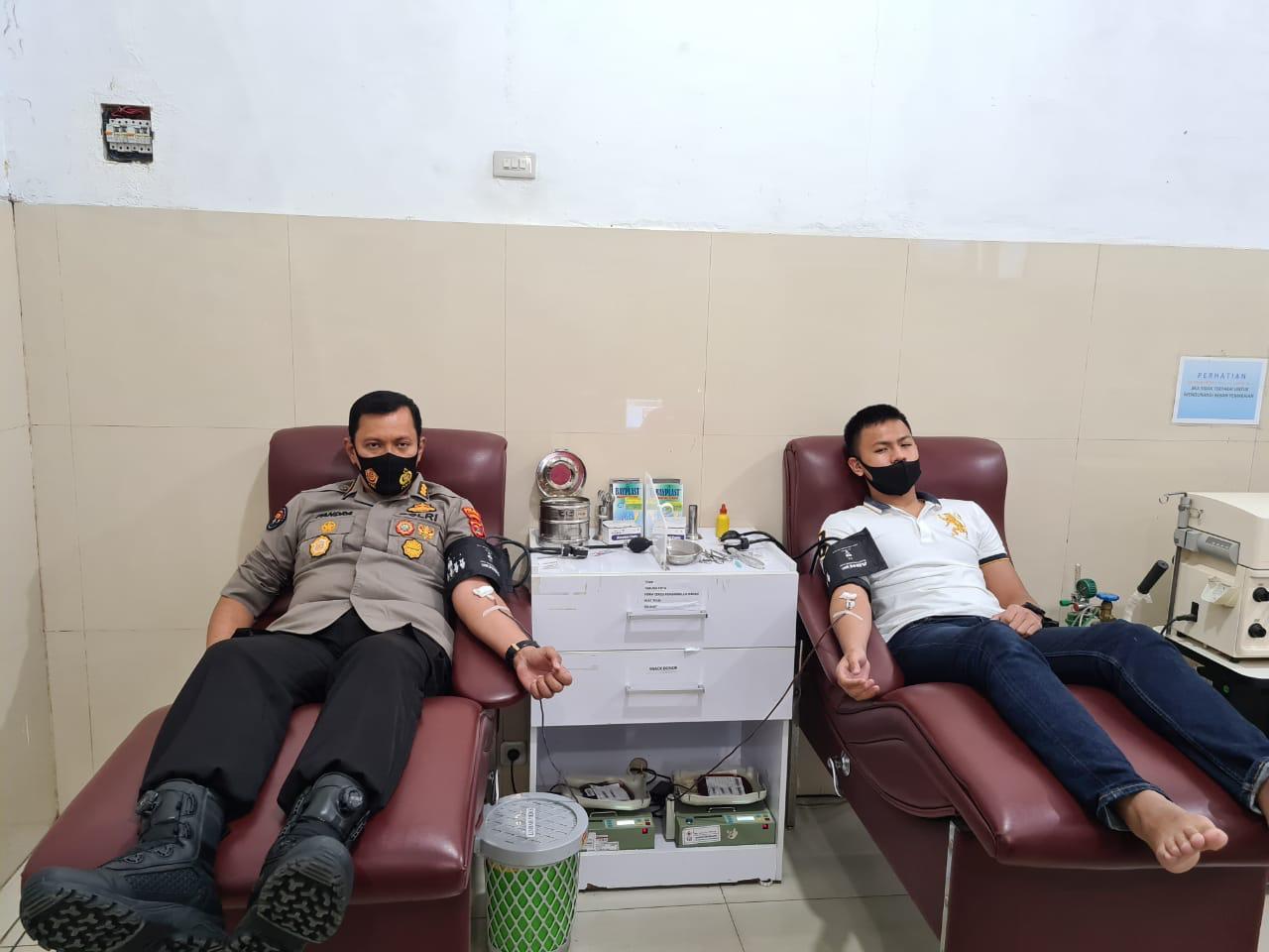 Sudah 115 Kali, Kabid Humas Polda Lampung Kombes Pol Zahwani Pandra Arsyad Mendonorkan Darahnya