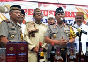 Hari Ini, Jajaran Polres Se-Lampung Musnahkan Belasan Ribu Botol Miras