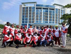 Sekdaprov Fahrizal Darminto Gowes Bersama APWI Lampung